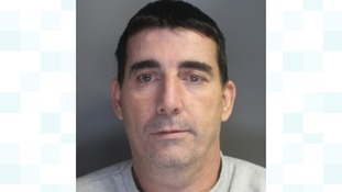 Man who posed as council worker to con elderly is jailed