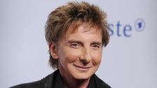 Barry Manilow rushed to hospital after surgery complications