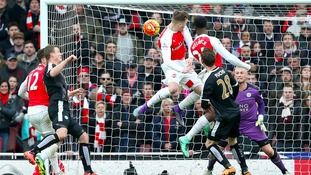 Arsenal boss Wenger hails 'great guy' Welbeck