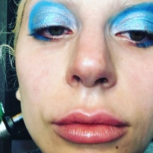 Lady Gaga shed a tear as she got ready for her tribute performance to David Bowie.