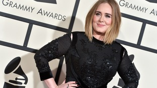 Adele defends 'pitchy' Grammys performance
