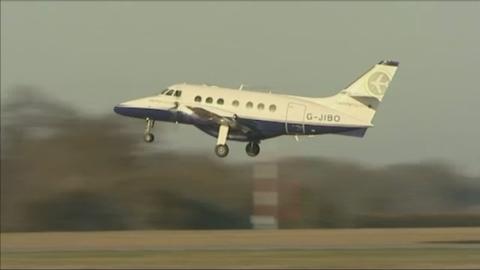 P-OXFORD_AIRPORT_LK