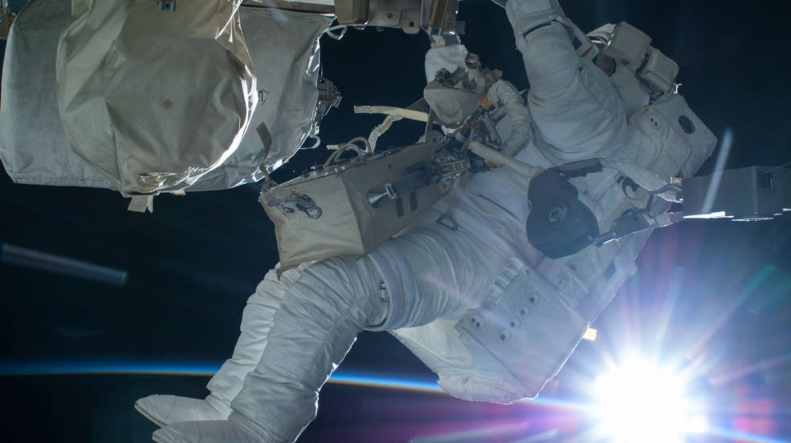 Record number of people apply for Nasa's astronaut ...