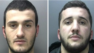 Drug dealers caught with 999 grams of cocaine jailed.