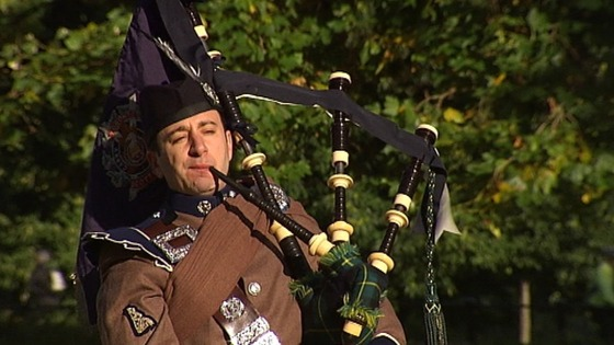 The Pipes and Drums of the London Scottish Regiment give a taster performance.