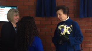 The Princess Royal has opened a new Citizens Advice Bureau in Luton