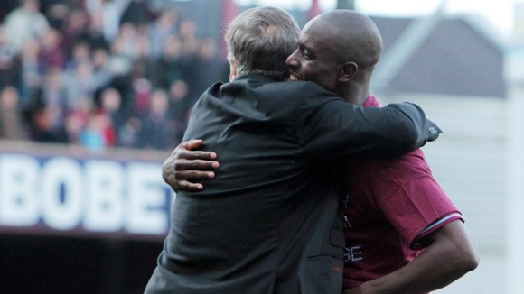 Sam Allardyce embraces Carlton Cole