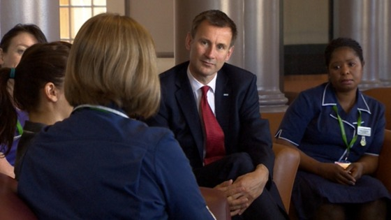 Jeremy Hunt talks to NHS staff at St Thomas' Hospital.