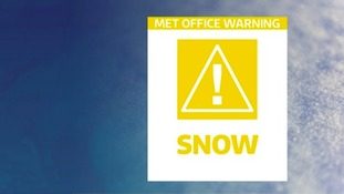The Met Office say we should expect approximately 1-3cm of snowfall from 6am until 1pm.