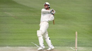 Martin Crowe playing for New Zealand