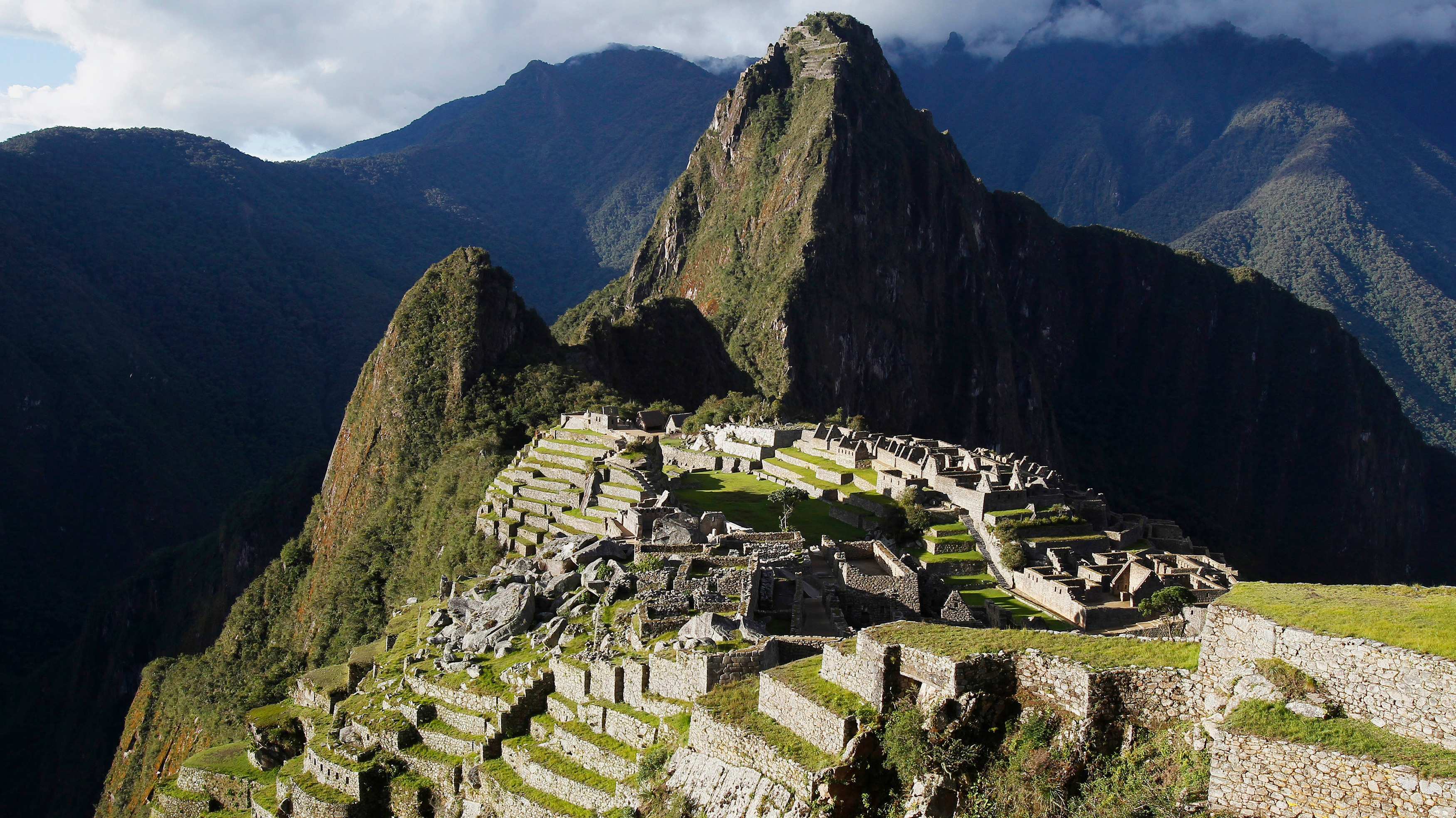 british man  23  arrested for stripping at peru ruins to