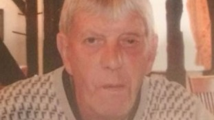 Police hunt for missin elderly man, 71, with dementia.