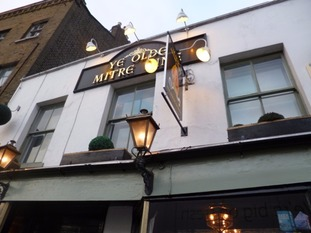 Ye Olde Mitre Inn - High Barnet.