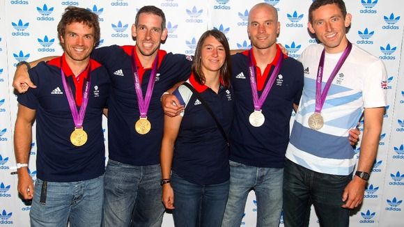 Tim Baillie, Etienne Stott, Richard Hounslow and David Florence with Lizzie Neave