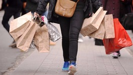 Government defeated over plans to extend Sunday trading hours
