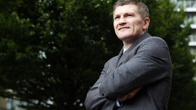 Boxer Ricky Hatton announced his comeback in the sport on Friday.