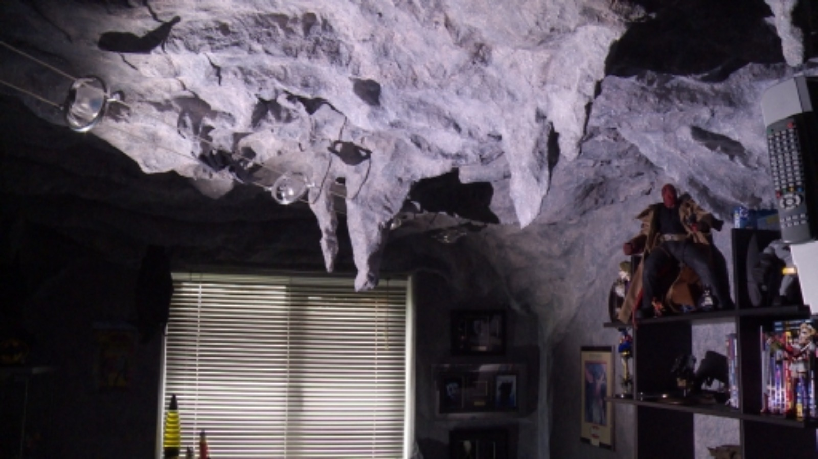 bat cave chat sites Cave chat board to discuss with other cavers  report a bat in montana:  .