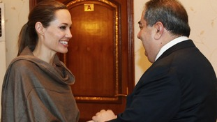 Iraqi Foreign Minister Zebari welcomes UNHCR Goodwill Ambassador Jolie in Baghdad