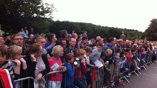 Crowds await Mark Cavendish