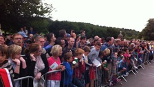 Crowds await Mark Cavendish