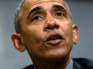President Obama stressed continued offensive actions risked undermining peace efforts.