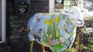 Iconic Lake District daffodils decorate another of Jo's works