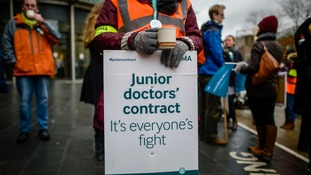 Union launches judicial review over junior doctor contracts