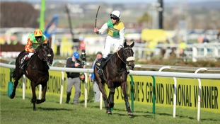 Many Clouds spearheads field for Grand National