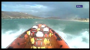 RNLI help rescue elderly woman & dog from Newquay estuary