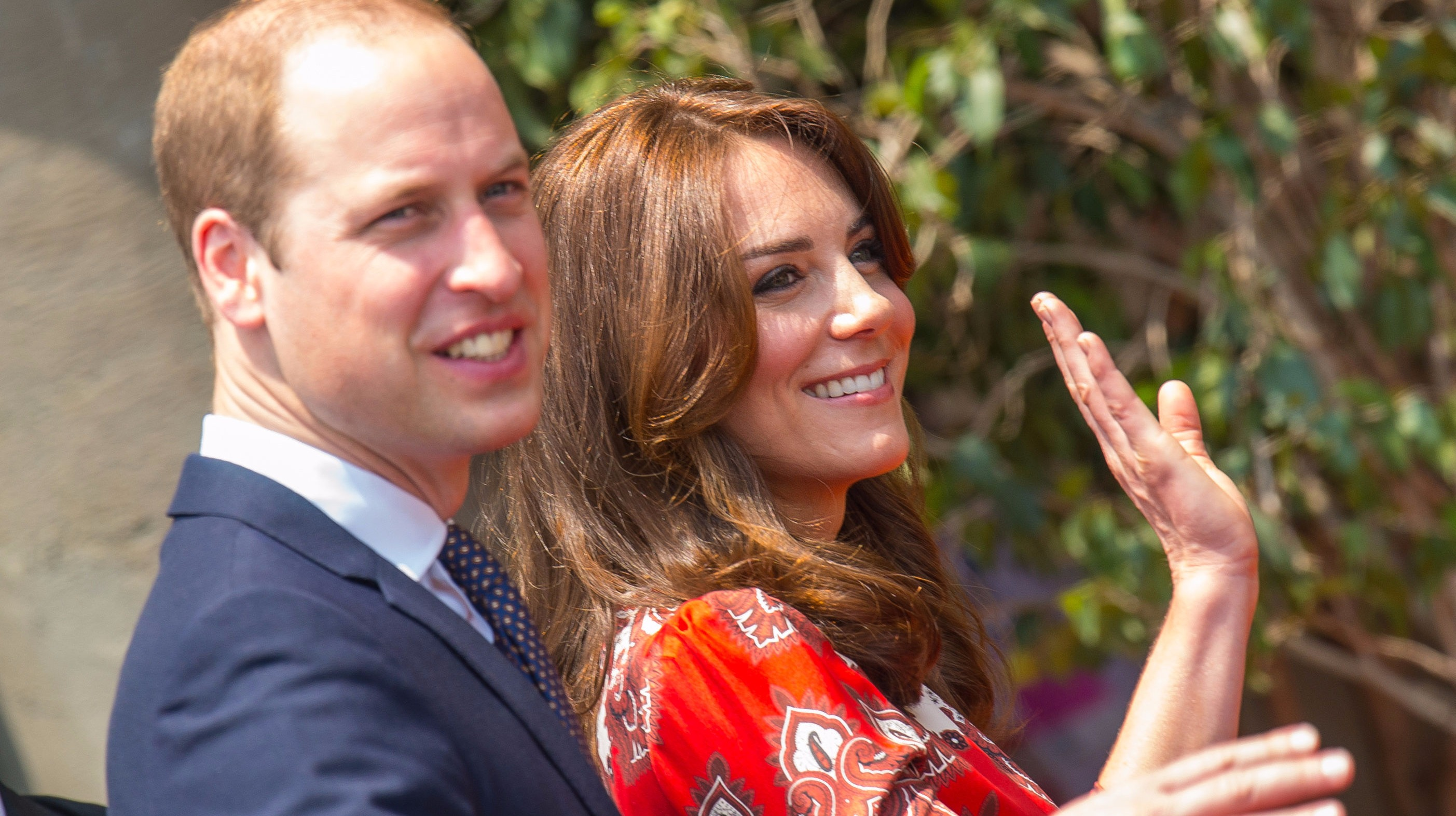 Duke and Duchess of Cambridge arrive in India