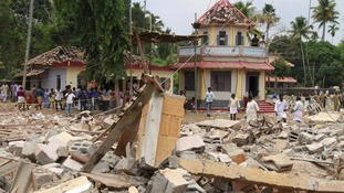 Firework rules 'flouted' at Indian temple collapse