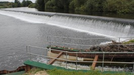 The Borrowash Weir on the River Derwent, Derbyshire