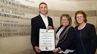 Rhinos legend Sinfield picks up top civic honour