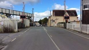 Spike in motorists ignoring level crossing warnings in Wales