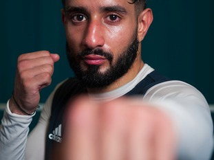Leeds boxer Qais Ashfaq has qualified for the Rio Olympics