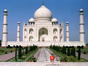 Princess Diana in front of the Taj Mahal during a Royal tour of India.