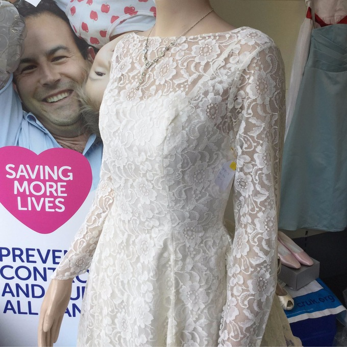 Pop up wedding dress shop in aid of Cancer Research | Channel - ITV News