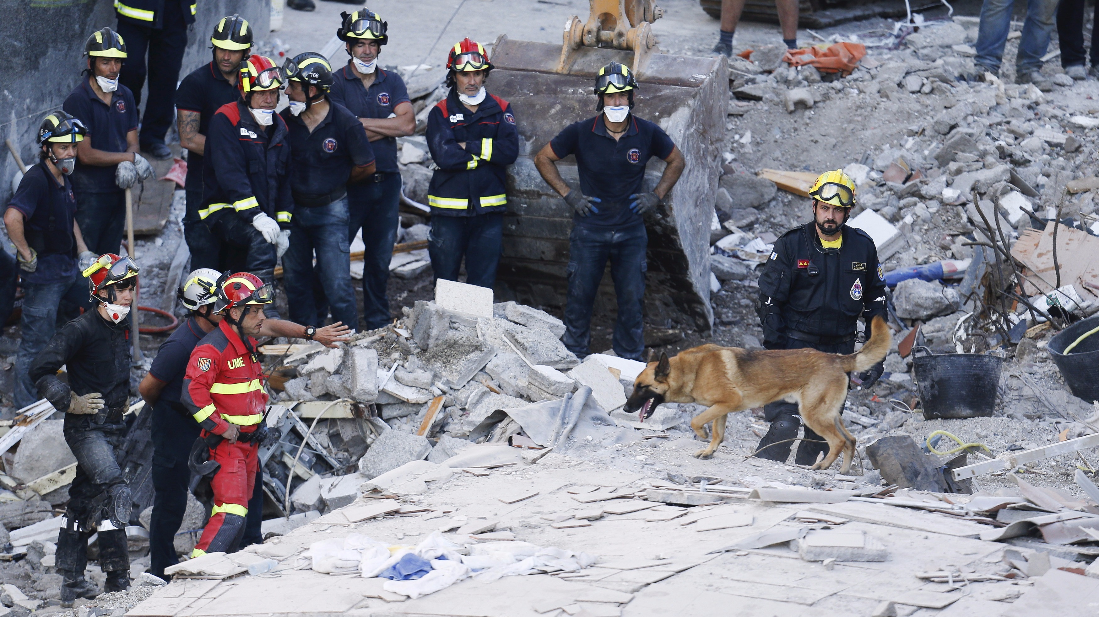 Reports: Six dead after Tenerife building collapse