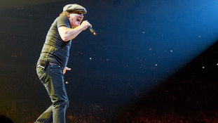 Axl Rose to replace AC/DC star on world tour