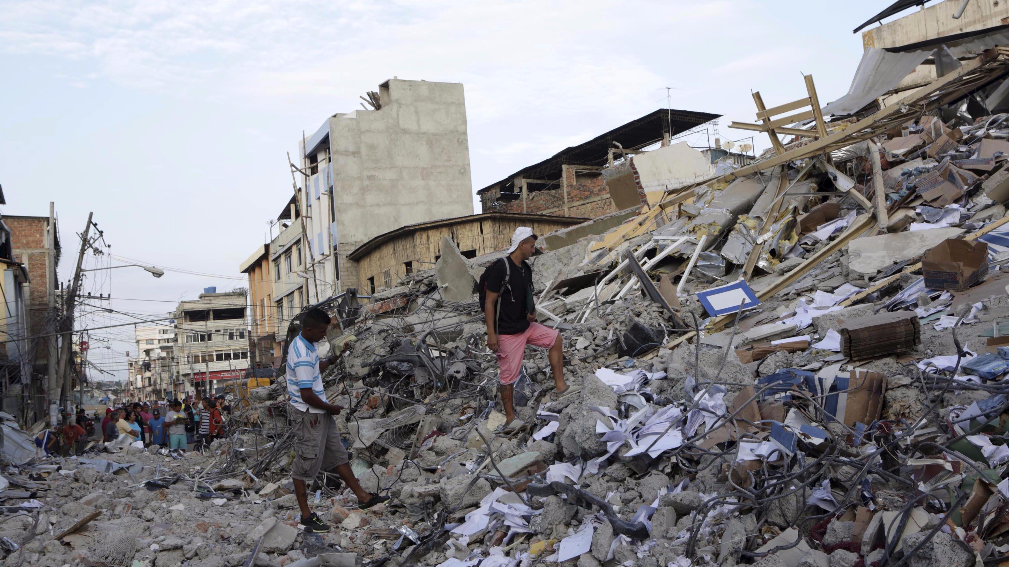 Ecuador quake death toll rises to 413
