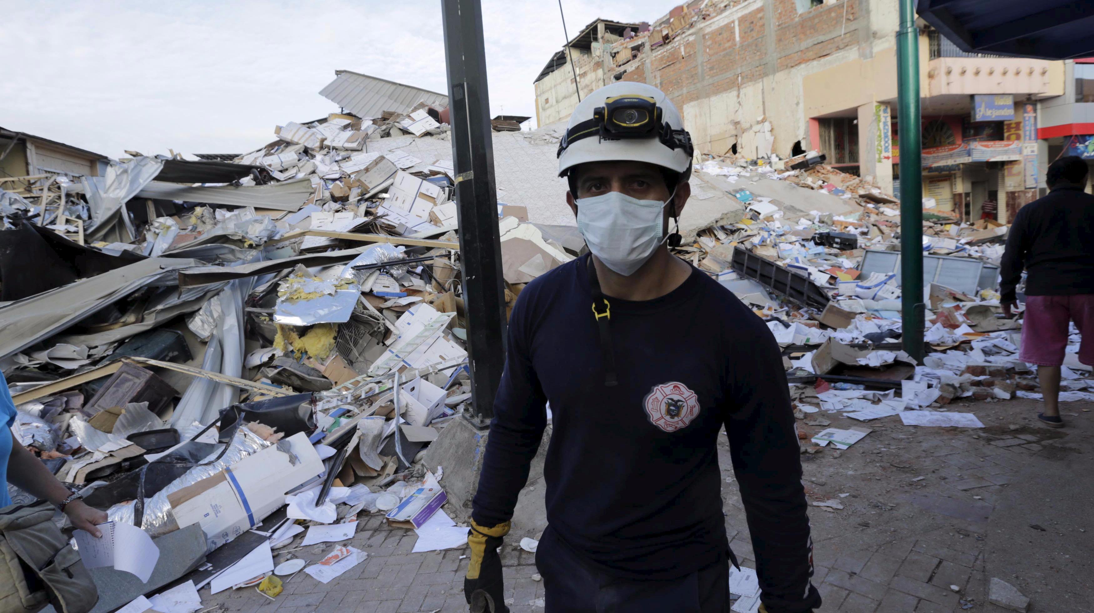 USA to send team to Ecuador to help with quake relief