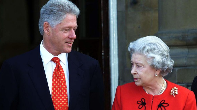 US President Bill Clinton with Queen Elizabeth II at Buckingham Palace in London.