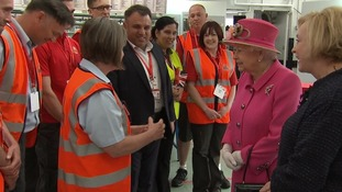The Queen met long-serving Royal Mail employees