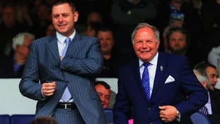 Darragh MacAnthony shares a joke with Barry Fry.