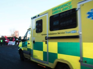 Union ballots ambulance staff over working conditions