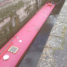 Three people rescued from sinking barge in Wiltshire