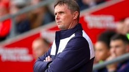 Colchester United manager Kevin Keen stands down