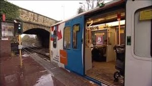 Operator DB Regio found a fault with some of the doors on some of the Metro trains, leading to delays during rush hour