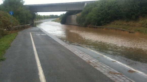 A5124 in Shrewsbury closed due to flooding