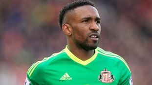 Sunderland striker Jermain Defoe rescued a point at Stoke.